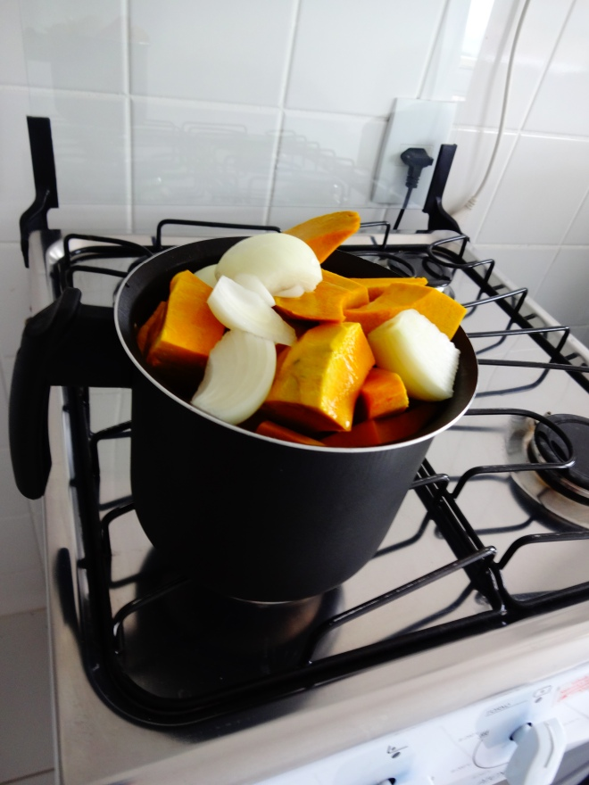 Making squash soup