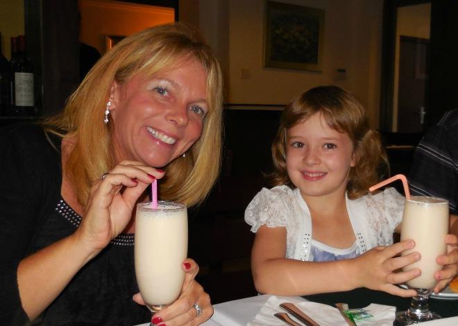 Liv & I and our Strawberry/Mango milkshakes~ Yummy!!